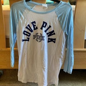VS PINK QUARTER SLEEVE WHITE AND BLUE TOP